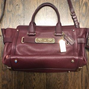 COACH Swagger Carryall Merlot Pebble Leather